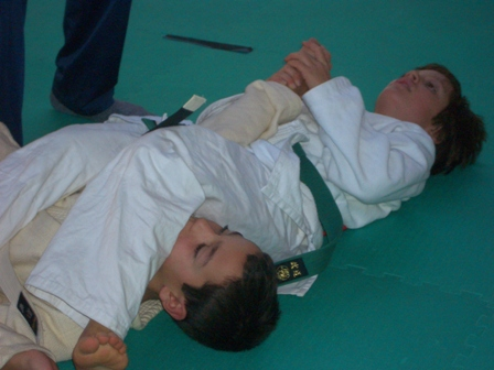 "DIEGO VINCE IN FINALE PER ""ARM BAR"""