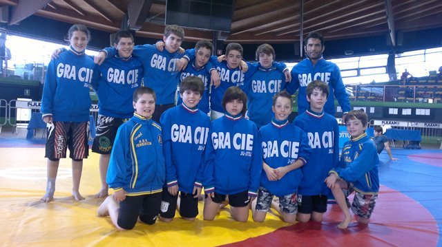 gruppo gracie bz kids camp it.2012.jpg