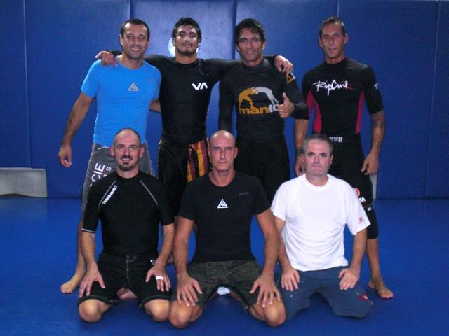 Da sx: Robin e Kron GRACIE, Alex Federico, Boudy - in basso: Robert, Alfredo e Werner